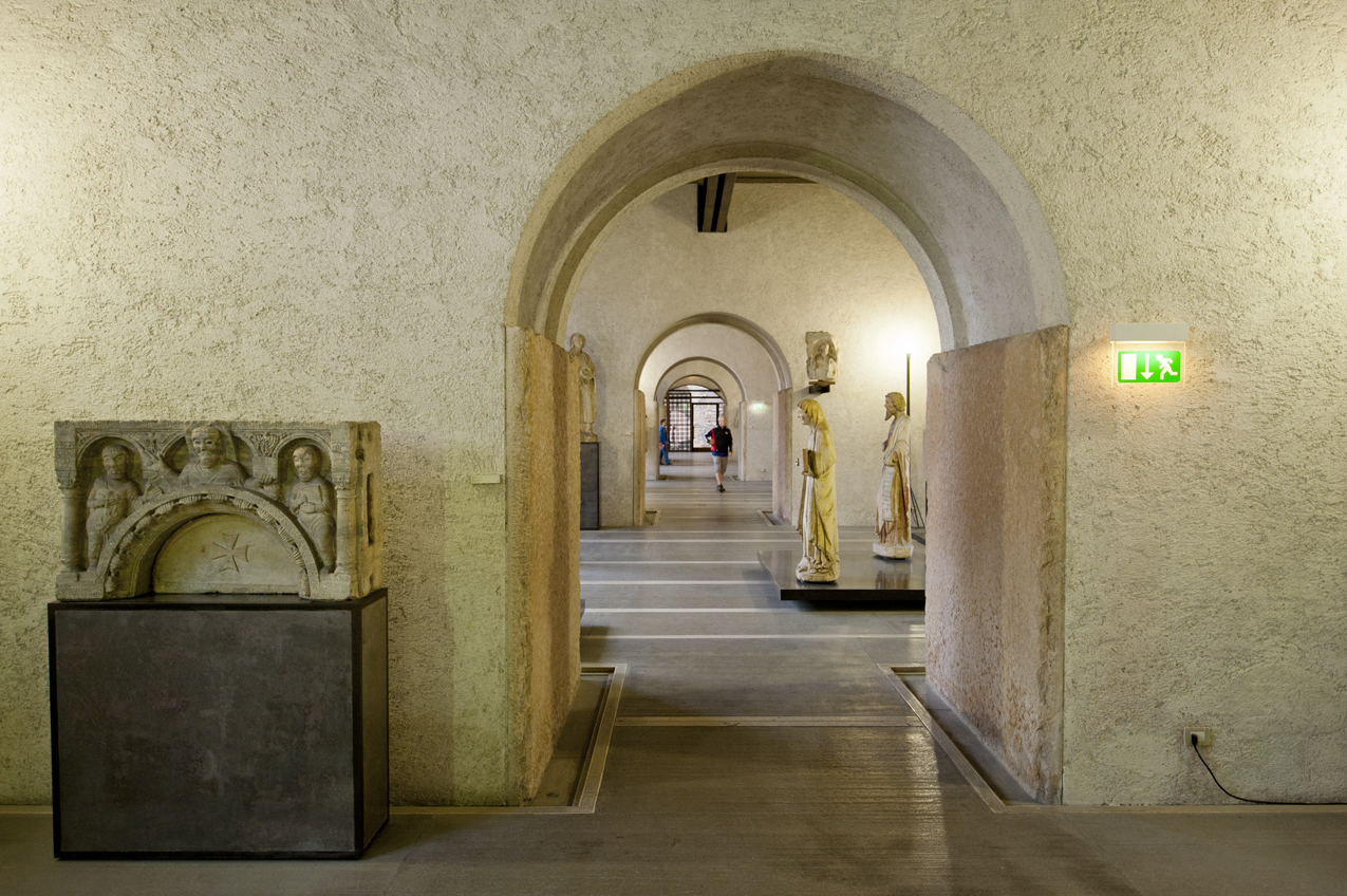 In The Sculpture Gallery Scarpa