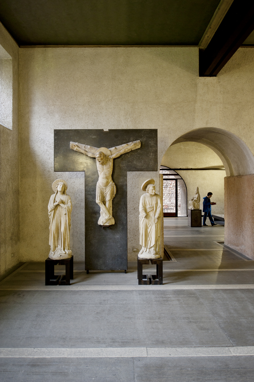 Not Only Did He Design The Renovation Scarpa Also Designed Every Display Stand In Museum Here Master Of SantAnastasias Crucifixion Group Gets